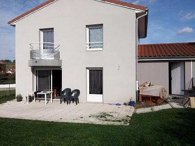 MAISON A LOUER - LA TALAUDIERE - 100 m2 - 1030 € charges comprises par mois