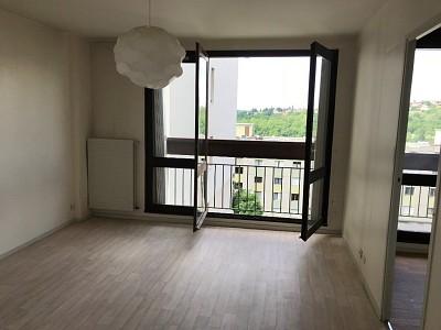 APPARTEMENT T2 - ST ETIENNE COTONNE-MONTFERRE - 48 m2 - VENDU
