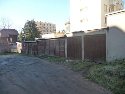 GARAGE A LOUER - ST ETIENNE VILLEBOEUF-RICHELANDIERE - 56,33 € charges comprises par mois