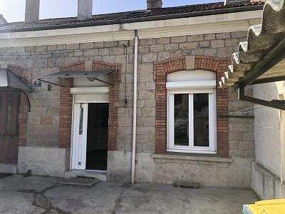 APPARTEMENT T2 A LOUER - ST ETIENNE VIVARAIZE-FAURIEL-BEAULIEU - 38 m2 - 320 € charges comprises par mois