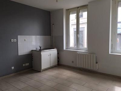 APPARTEMENT T1 A LOUER - ST ETIENNE CRET DE ROCH - 30 m2 - 320 € charges comprises par mois