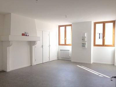 APPARTEMENT T2 A LOUER - RIVE DE GIER - 60 m2 - 480 € charges comprises par mois