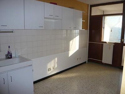 APPARTEMENT T2 A LOUER - VILLARS - 57 m2 - 496 € charges comprises par mois