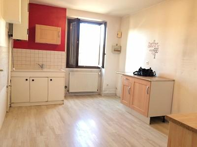 APPARTEMENT T3 A LOUER - LORETTE - 73,71 m2 - 435 € charges comprises par mois