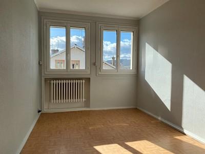 APPARTEMENT T2 A VENDRE - FIRMINY - 41 m2 - 35000 €