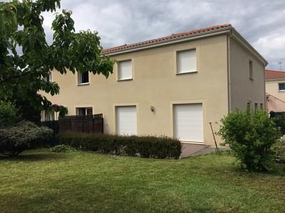 APPARTEMENT T3 A LOUER - ST CHAMOND - 75 m2 - 715 € charges comprises par mois