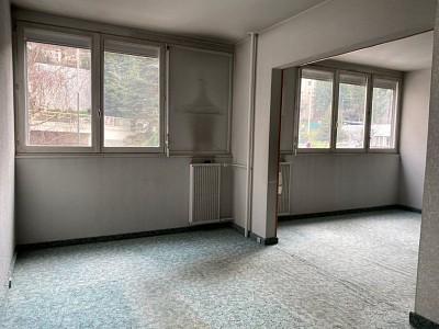 APPARTEMENT T7 A VENDRE - ST ETIENNE SUD - 124 m2 - 77000 €