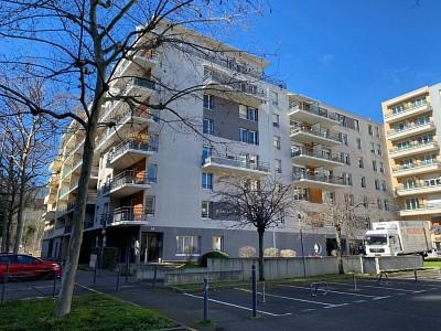 APPARTEMENT T2 A VENDRE - ST ETIENNE NORD - 50 m2 - 70000 €
