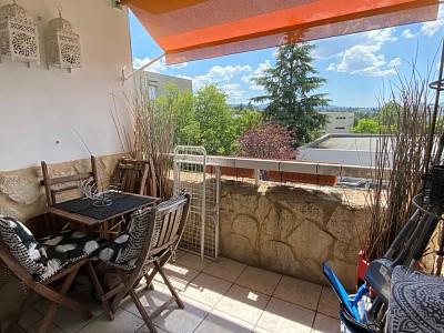 APPARTEMENT T5 A VENDRE - RIVE DE GIER - 78 m2 - 100000 €