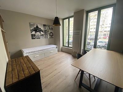 STUDIO A LOUER - ST ETIENNE VIVARAIZE-FAURIEL-BEAULIEU - 23 m2 - 490 € charges comprises par mois