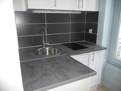 STUDIO A LOUER - ST ETIENNE BADOUILLERE-CHAVANELLE - 22 m2 - 296 € charges comprises par mois
