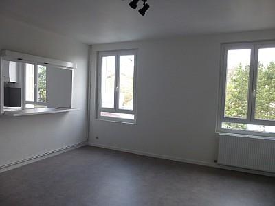 APPARTEMENT T5 A LOUER - LA FOUILLOUSE - 87 m2 - 700 € charges comprises par mois