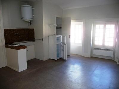 STUDIO A LOUER - ST ETIENNE TREFILERIE - 28 m2 - 265 € charges comprises par mois