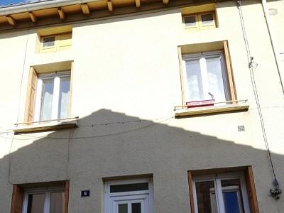 APPARTEMENT T3 A LOUER - FRAISSES - 60 m2 - 460 € charges comprises par mois
