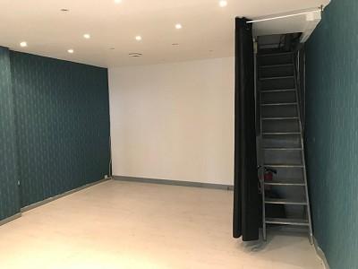 BOUTIQUE A VENDRE - ST ETIENNE CENTRE - 27,5 m2 - RÉALISÉ