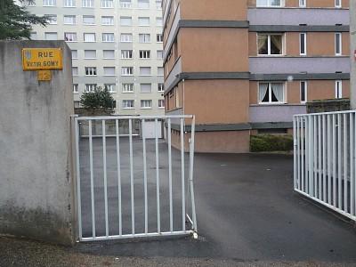 GARAGE A LOUER - ST ETIENNE VIVARAIZE-FAURIEL-BEAULIEU - 49 € charges comprises par mois