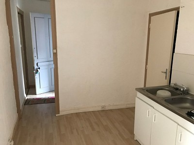 IMMEUBLE A VENDRE - FIRMINY - 130 m2 - 60000 €
