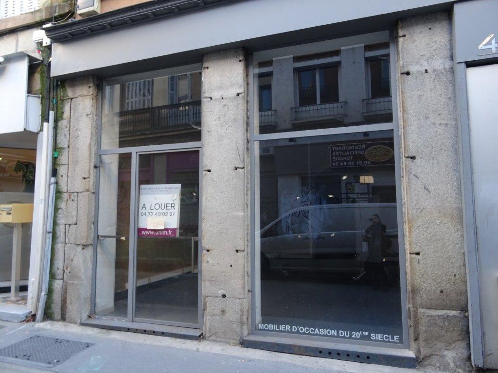 LOCAL COMMERCIAL A LOUER - ST ETIENNE PREFECTURE-JACQUARD - 350 € HC et HT par mois
