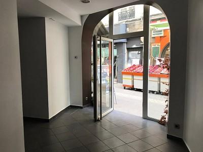 LOCAL COMMERCIAL A VENDRE - ST ETIENNE HYPER CENTRE - 30000 €