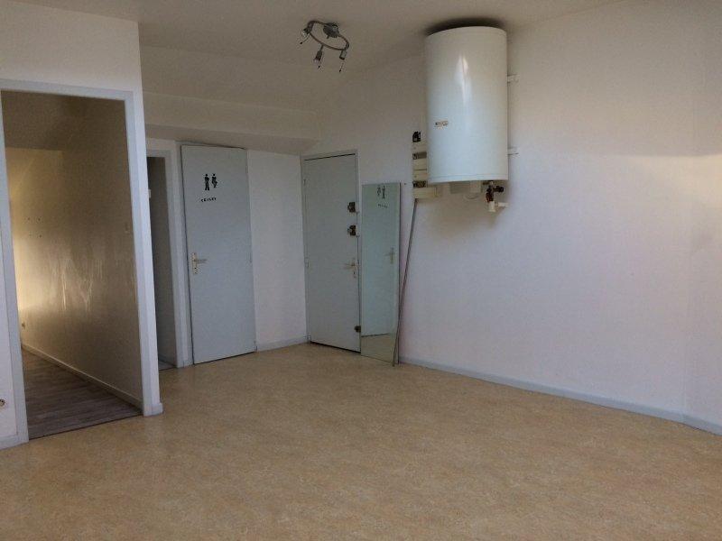 Studio a louer rive de gier 38 88 m2 240 charges for Garage lapeyre rive de gier