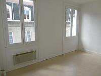 STUDIO A LOUER - ST ETIENNE HYPER CENTRE - 29 m2 - 308 € charges comprises par mois