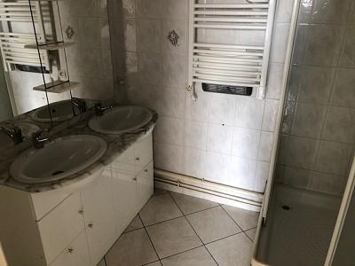 STUDIO A LOUER - ST ETIENNE VIVARAIZE-FAURIEL-BEAULIEU - 36 m2 - 315 € charges comprises par mois