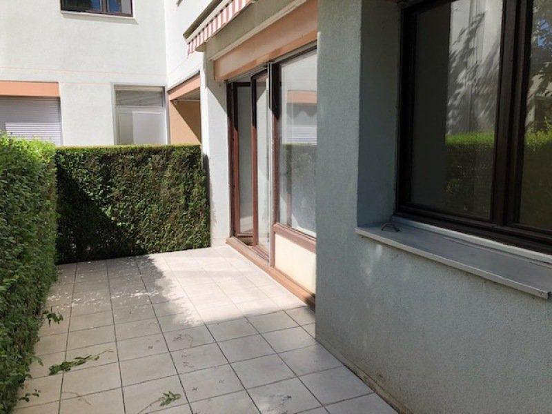 STUDIO A LOUER - ST ETIENNE VIVARAIZE-FAURIEL-BEAULIEU - 30 m2 - 395 € charges comprises par mois