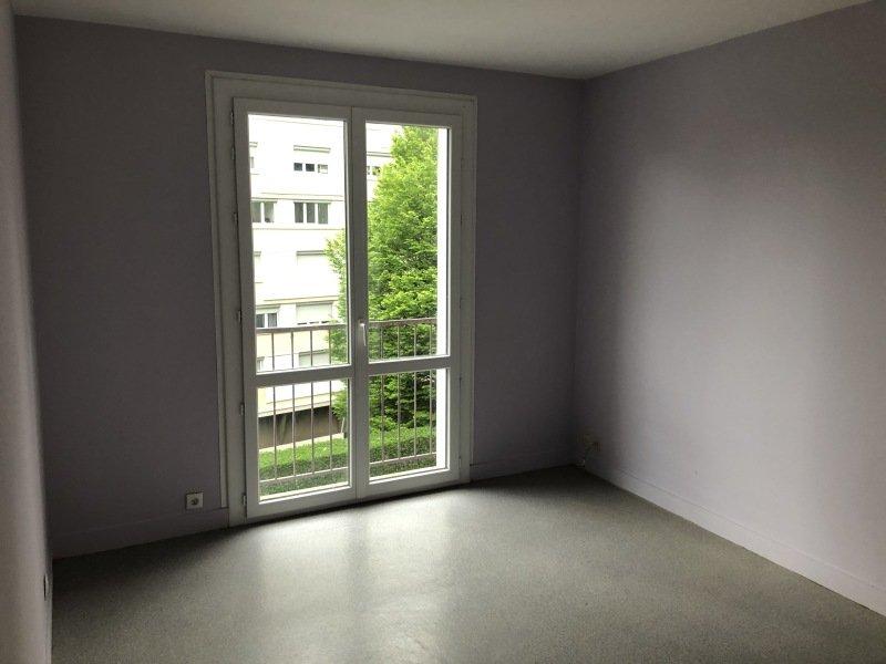 STUDIO A LOUER - ST ETIENNE VALBENOITEPORTAIL ROUGE METARE - 36 m2 - 300 € charges comprises par mois