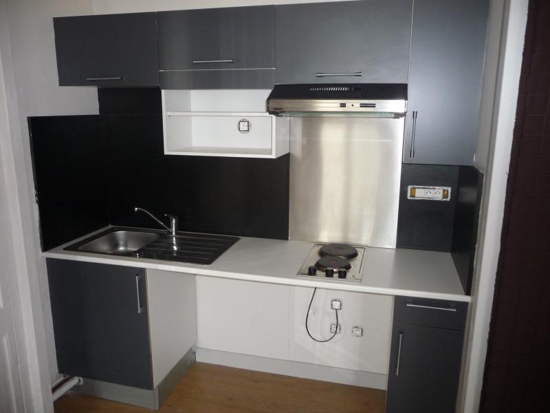 STUDIO A LOUER - ST ETIENNE SAINT FRANCOIS-MONTHIEU - 34 m2 - 325 € charges comprises par mois