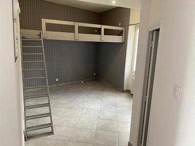 APPARTEMENT T1 A LOUER - RIVE DE GIER - 40 m2 - 430 € charges comprises par mois
