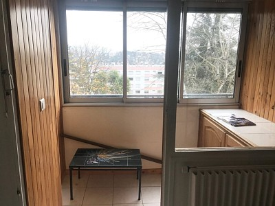 APPARTEMENT T1 A VENDRE - VILLARS - 41 m2 - 42000 €