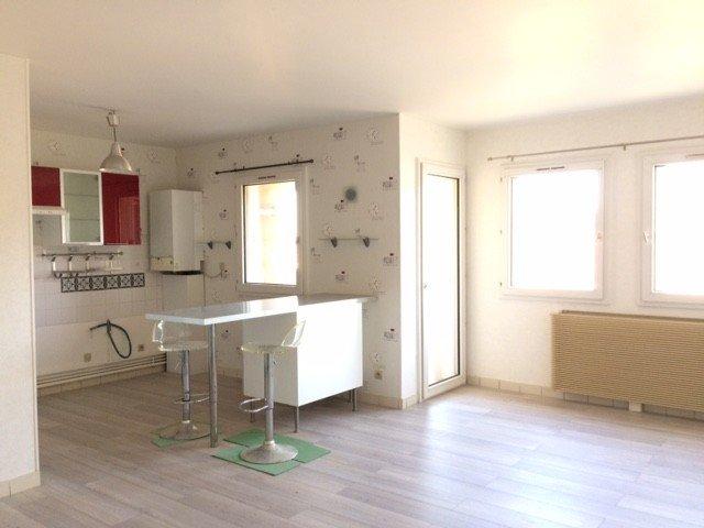 APPARTEMENT T2 - RIVE DE GIER - 51,44 m2 - LOUÉ