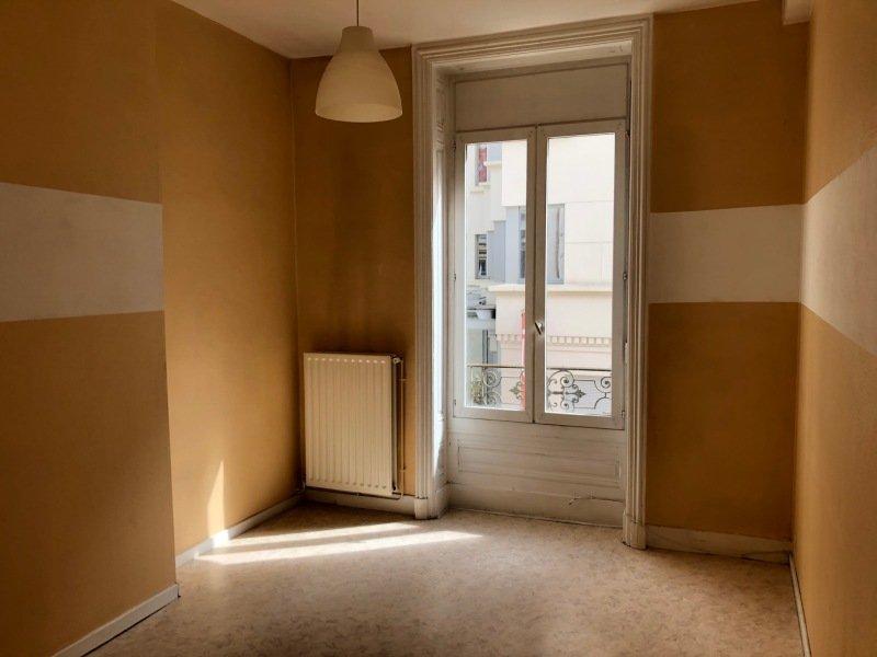 APPARTEMENT T2 A LOUER - ST ETIENNE BADOUILLERE-CHAVANELLE - 35 m2 - 368 € charges comprises par mois