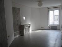 APPARTEMENT T2 A LOUER - ST ETIENNE HYPER CENTRE - 43 m2 - 350 € charges comprises par mois
