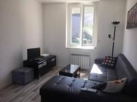APPARTEMENT T2 A LOUER - ST ETIENNE SAINT FRANCOIS-MONTHIEU - 42,2 m2 - 425 € charges comprises par mois