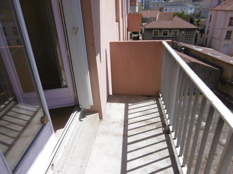 APPARTEMENT T2 A LOUER - ST ETIENNE RIVIERE-VALFURET-LE BERNAY - 45 m2 - 455 € charges comprises par mois