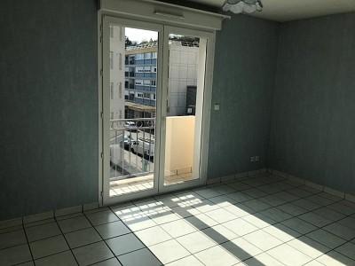 APPARTEMENT T2 - RIVE DE GIER CENTRE - 46 m2 - 99000 €