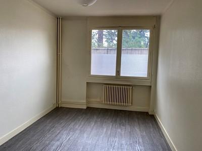 APPARTEMENT T2 A VENDRE - ST ETIENNE CARNOT - 45 m2 - 50000 €