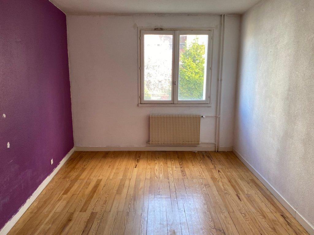 APPARTEMENT T2 A VENDRE - ST ETIENNE CENTRE - 51 m2 - 32000 €