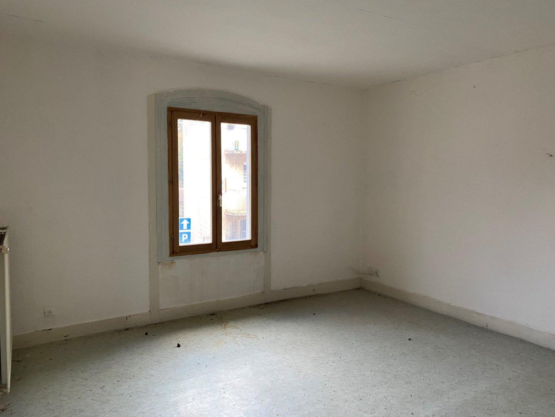 APPARTEMENT T2 A VENDRE - UNIEUX - 50 m2 - 40000 €