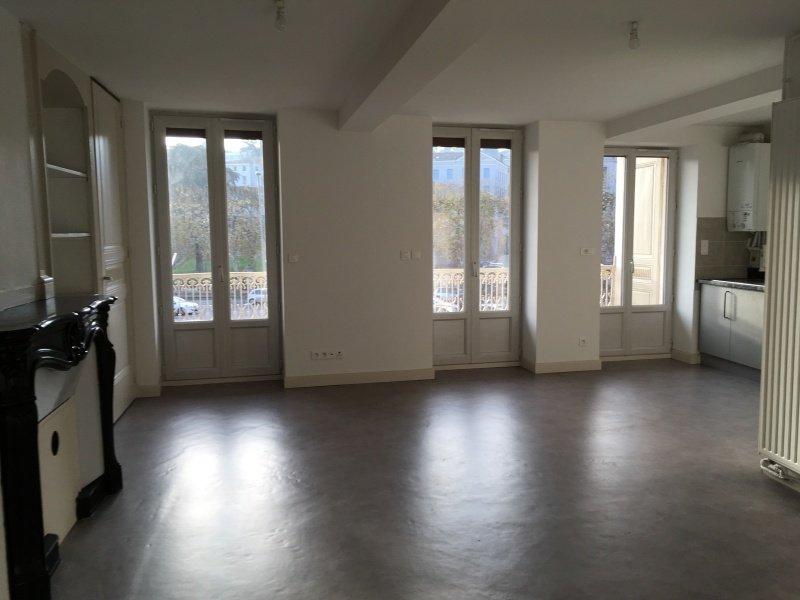 APPARTEMENT T3 A LOUER - RIVE DE GIER - 72,46 m2 - 495 € charges comprises par mois