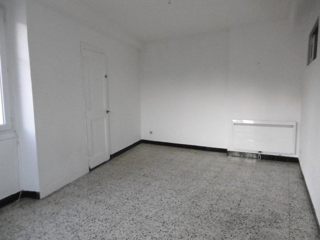 Appartement t3 a louer rive de gier richarme 57 5 m2 for Garage lapeyre rive de gier