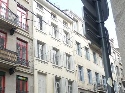 APPARTEMENT T3 A LOUER - ST ETIENNE HYPER CENTRE - 65 m2 - 420 € charges comprises par mois