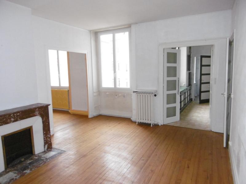 APPARTEMENT T3 A LOUER - ST ETIENNE HYPER CENTRE - 99 m2 - 650 € charges comprises par mois