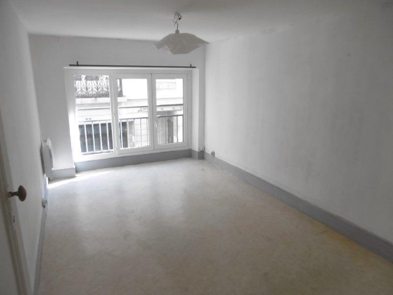 APPARTEMENT T2 A LOUER - ST ETIENNE HYPER CENTRE - 53 m2 - 345 € charges comprises par mois
