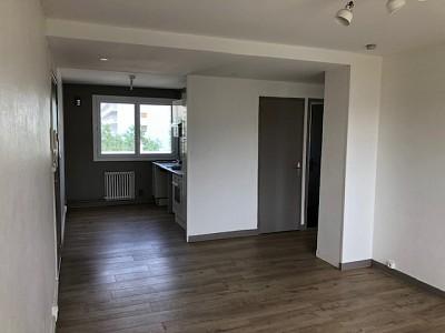 APPARTEMENT T3 A LOUER - ST ETIENNE VIVARAIZE-FAURIEL-BEAULIEU - 60 m2 - 550 € charges comprises par mois