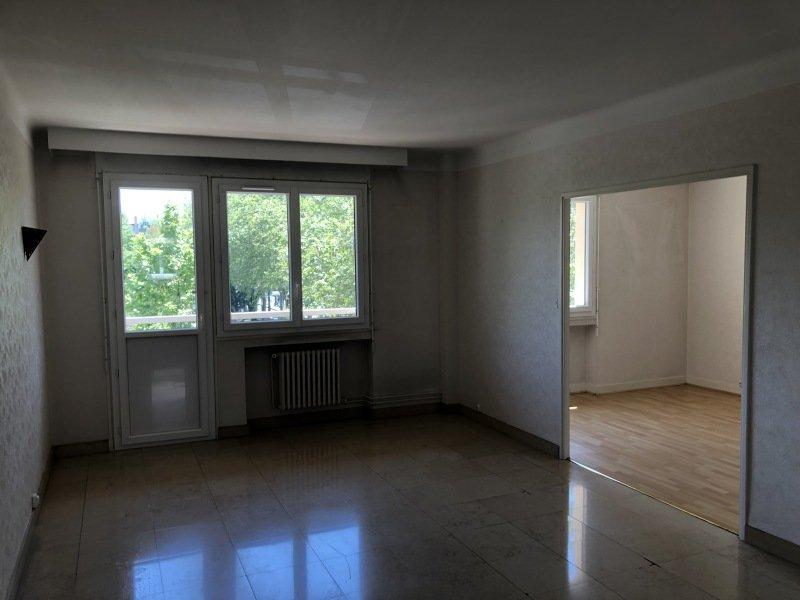 APPARTEMENT T3 A LOUER - ST ETIENNE CARNOT-MARAIS - 75 m2 - 600 € charges comprises par mois