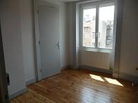 APPARTEMENT T2 A LOUER - ST ETIENNE HYPER CENTRE - 50 m2 - 365 € charges comprises par mois