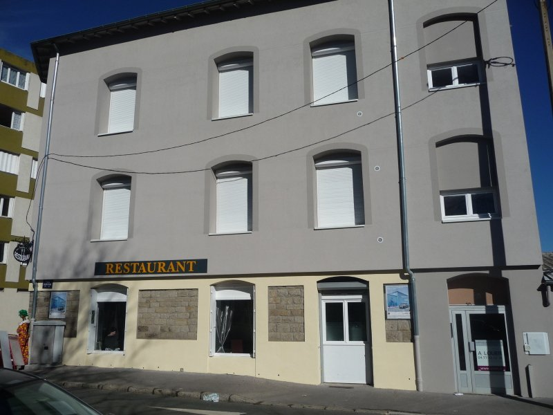 APPARTEMENT T3 A LOUER - ST ETIENNE BELLEVUE-JOMAYERE-SOLAURE - 74,9 m2 - 472,77 € charges comprises par mois