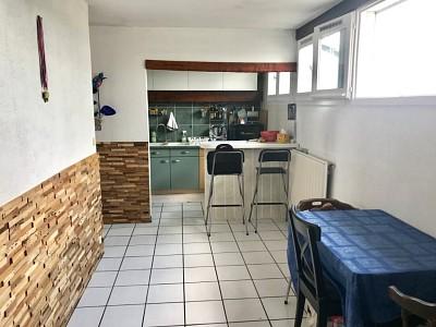 APPARTEMENT T3 A VENDRE - ANDREZIEUX BOUTHEON - 79 m2 - 64000 €